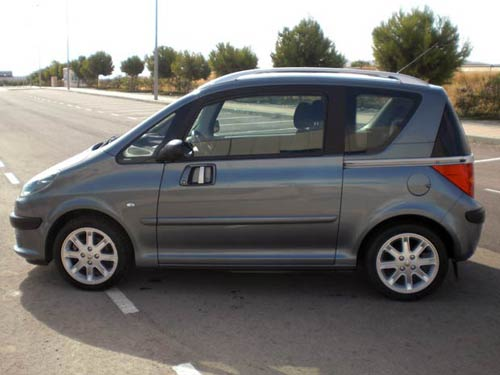 peugeot 1007 used car costa blanca spain second hand cars available costa blanca and beyond. Black Bedroom Furniture Sets. Home Design Ideas